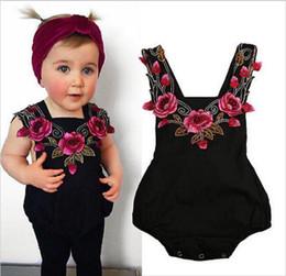 retoños de rosa de verano Rebajas 2017 INS Summer New Design Fashion Baby Girl Rompers Infant Toddlers Rose Flower Suspender Jumpsuit Envío Gratis