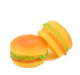 Son doux en caoutchouc non-toxique motif Hamburger chien chat jouet Squeaky mâcher et chercher mignon Pet Puppy Squeaker jouets ? partir de fabricateur