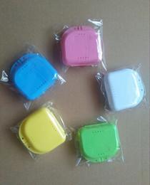 Wholesale Teeth Orthodontic - Plastic Denture Box Container Orthodontic Retainer False Teeth Protective Dental Case Dental Supply 5 colors wa3992