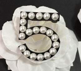 Wholesale Vintage Black Brooch - Fashion pin up Brooch vintage pearl brooches for wedding dress scarf black 5 brooches