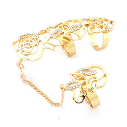 Wholesale Auger Ring - Popular act the role ofing is tasted Fashion female ring hollow out roses set auger joints rings