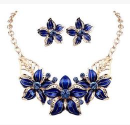 Wholesale Elegant Silver Necklace Set - Shining Elegant Wedding Bridal Jewelry Prom Enamal Rhinestone Crystal Flower Birdal Jewelry New Bling necklace and earring set Christmas