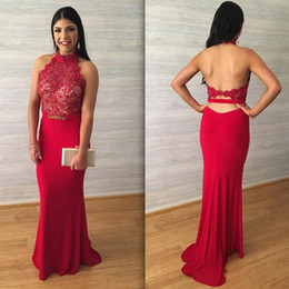 Wholesale Green Chiffon Dress Belt - Cheap 2017 Red Lace Appliques Prom Dresses Halter Sleeveless Hollow Backless with Belt Sheath Evening Gowns