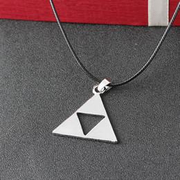 Canada Légende de Zelda la Triforce Zelda Triforce Collier Alliage Triangle Figure Pendentif Collier De Mode Bijoux pour Femmes Hommes Drop Shipping Offre