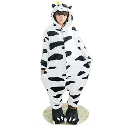 Mucca cosplay adulta online-Furry Fleece Lovely Adult Unisex Animali Bella latte mucca da latte Pigiama Tutina Tutina Cosplay latte Sleepwear Cartoon mucca tutina tuta