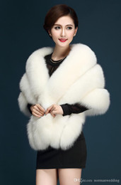 Wholesale Winter Wedding Dress Faux Fur - 2017 New Arrival Sexy Faux Fur Coat Bridal Wraps Warm Wedding Shawl Jackets Bolero For Wedding Dresses Wedding Jackets Ivory Black Burgundy