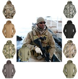 Wholesale Shark Skin Soft Shell Jacket - The shark skin soft shell jacket camouflage Hoodie fleece waterproof mountaineering warm clothes