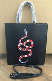Wholesale Plain Perfume - THE NEW YORK MEN'S PERFUME 212 VIPMEN NYC PARFUME 100ML Handbag Shoulder Bag
