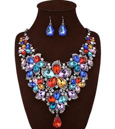 Canada Mode de luxe nouvelle arrivée vintage déclaration multi couleur cristal colliers pour femmes za marque colliers de fleurs de bavoir Offre