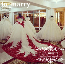 Wholesale Victorian Ruffle Dresses - Luxury Red Lace Ball Gown Wedding Dresses 2018 Victorian Peplum Chapel Train Short Sleeves Plus Size Dubai Arabic Quinceaneara Bridal Gowns