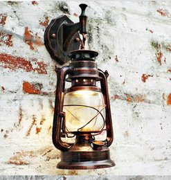 Wholesale Knob Copper - Lighting Vintage Edison Barn Lantern Iron Kerosene Lamp Oil Light Wall Aisle Red Copper Color Industrial