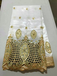 5 verges / lot tissu en dentelle george blanc, tissu de dentelle africaine de broderie de dentelle de mode nouvelle maille pour vêtements OG33-1 ? partir de fabricateur