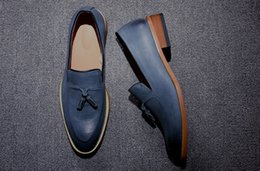 Wholesale Yellow Dress Shoes Men - Mens Loafers Fashion Business Shoes Leather Retro Shoes Luxury Brand Designer Flat Driving Casual Shoes