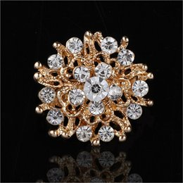 Wholesale Brooch Pins Sizes - Hot sale Women Lady Accessories Crystal Circle Flower Interspersion Breastpin Wedding Brooch Pins Best Gift small size