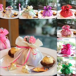 Wholesale Organza Wedding Favours - Italian Style Wedding Favor Candy Gift Bags Yarn Pouch With Flower Bouquets For Wedding Favours Table Decoration Supplies