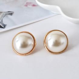 Wholesale Korean Black Pearl Earrings - 2016 New Fashion Korean Beautiful golden Plated Shiny Pearl Heart Earring Ear clip for Women Wholesale