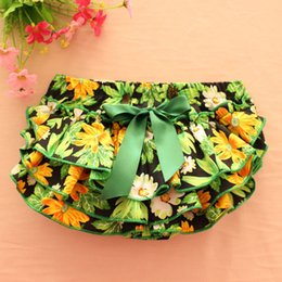 Wholesale Elastic Waist Shorts Colorful - Everweekend Girls Floral Ruffles PP Pants Colorful Toddler Baby Fashion Clothing Western Children Vintage Korea Pants