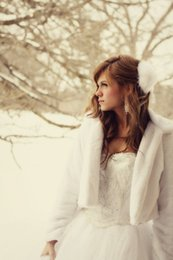 Wholesale Winter Bridesmaids Long Coats - 2017 winter wedding outdoor Fur Wraps Long Sleeve Coats For Wedding Party Shawl For Bridesmaid White Color Faux Fur Wrap Grey Bridal capes