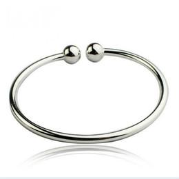 charmes menottes en gros Promotion Charme Bracelets pour Femmes Hommes Argent Plaqué Bracelet Simple Style Ouvert Menottes Ail Bracelet En Gros Manchette Bracelets Bracelets
