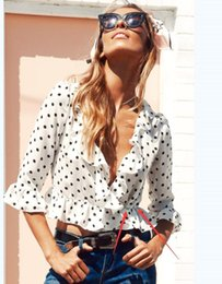 Wholesale dotted blouse - 2018 Summer White Chiffon Women Blouses V Neck Sexy Tops Femme Wave Butterfly Sleeve Slim Tops Polka Dot Ruffle Women's Blouse Shirts FS1912