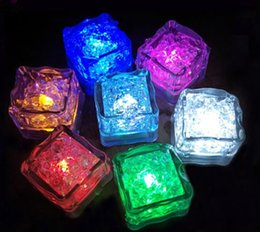 Wholesale Lighted Ice Cubes Wholesale - Free shipping Aoto colors Mini Romantic Luminous Cube LED Artificial Ice Cube Flash LED Light Wedding Christmas Decoration Party