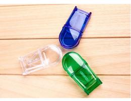Wholesale Medicine Boxes Plastics - Pill Cutter Splitter Half Storage Compartment Box Medicine Tablet Holder Home Storage Box Free Shipping