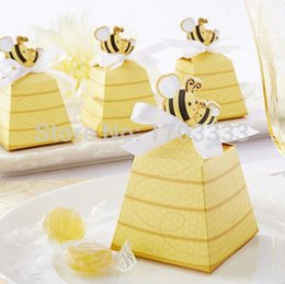 """Wholesale Bees Birthday - 600PCS Cute Baby birthday gift box of """"Sweet as Can Bee"""" Beehive Baby Favor Box For Wedding and Party Decoration Candy box"""