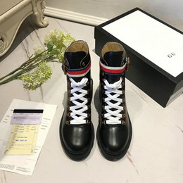 Wholesale European Fashion Lace Up Boots - The latest ladies in the tube Martin shoes scrub fabric inside the sheepskin city fashion leisure European and American style urban trend