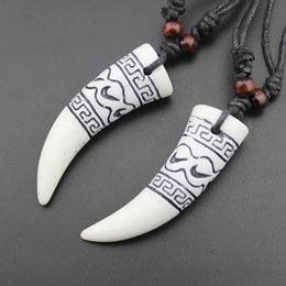 Wholesale Real Tooth Pendant - Free Shipping Collares Limited Real Chrysocolla Kolye Carved Bionic Bone Wolf Tooth Pendants Necklaces Bionic Bone Length Adjustable Jewelry