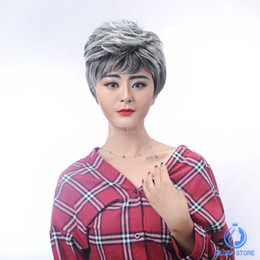 Wholesale Discounts Wigs - Free Shipping Selling Cheap Fashion Women short straight T color wigs Night Club Style Girl Party Wigs Charming Women Discount Wigs