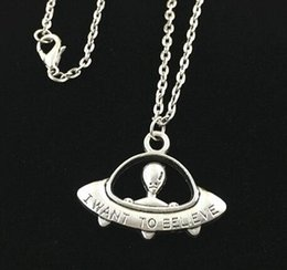 Wholesale Halloween Alien - Antique silver I want to believe UFO pendant necklace alien space ship pendant necklace for holiday Gift - Free organza bags gift