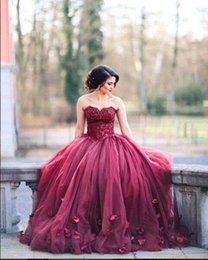 Wholesale Quinceanera Images - 2017 New Burgundy Strapless Ball Gown Princess Quinceanera Dresses Lace Bodice Basque Waist Backless Long Prom Dresses