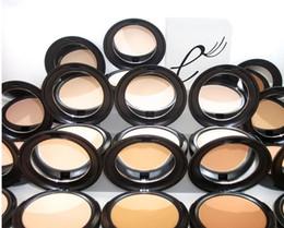 2019 porte médiatique Brand new NC NW Visage Poudre Maquillage Studio Fix Face Poudre Plus Fondation finition naturelle Poudre ombre 15g NOUVEAU EN BOX drop shipping