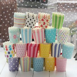 Wholesale Paper Cupcake Greaseproof - Wholesale- Hot Selling Randomly 50 Pcs Lot Greaseproof Paper Cake Cup Liners Muffin Kitchen Baking Cup Cupcake party decoration cake Tools