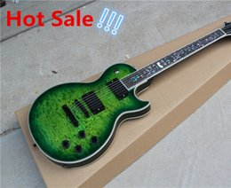 Wholesale Guitar Green - Electric Guitar with Green Body,Quilted Maple Veneer,White Binding,Flower Fret Marks Inlay,Can be Customized