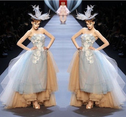 Wholesale Tiered High Low Prom Dresses - Runway Fashion Gray And Champagne Puffy Prom Dresses 2017 Sexy Strapless Applique Layers High Low Evening Gowns Backless Formal Party Dress