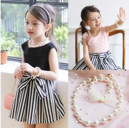 Wholesale Kids Pearl Jewelry Sets - Boutique pearls Necklace Girls pearls Necklace +pearls lace-up Hand catenary 2pcs sets girls fashion accessories Kids jewelry C2052