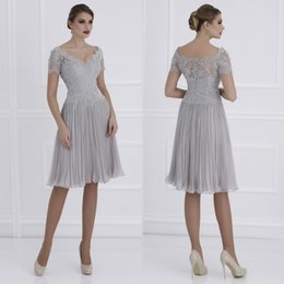 Wholesale modern chiffon short bridesmaid dress - 2017 New Elegant Silver Lace Mother of the Bridesmaid Dresses V Neck Short Sleeves Knee Length Mother Formal Wear Wedding Guest Dress