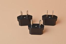adaptateurs de courant alternatif européens Promotion US / EU à EU AU AC Adaptateur Convertisseur Adaptateur USA vers Européen Convertisseur de Voyage Plastique Noir Max 2200W Deux Pins
