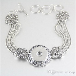 Wholesale Traditional Celtic Dresses - Fashion Elegant Antique Silver Snap Charm Bracelets With Crystal Flowers Fit 18mm Snap Button For Women Party Dress Jewelry