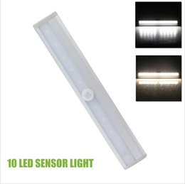 Wholesale Lighting Strips Motion Sensors - Super bright 10 LEDs Motion Sensor Closet Cabinet LED Night Light Cool   Warm White Battery Operated Step Light Bar With Magnetic Strip