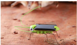 Wholesale Solar Energy Butterfly - New energy toy solar cockroach grasshopper insect creative micro vibration simulation experiments science student gift