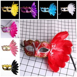 Wholesale Feather Carnival Costumes - Drawing Feather Gem Pearl Masks Mardi Gras Carnival Easter Christmas Party Costume Mask Painted Glyptostrobus Fashion 4 75hx B R