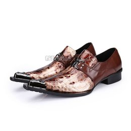 Wholesale Business Dress Tips - New Arrival Snakeskin Genuine Leather Handmade Fashion British Business Suits Men's Shoes Gold Tip Toe Mens Party Dress Shoe