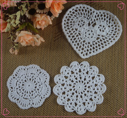 Wholesale Tablecloths Wholesale For Weddings Free - Free Shipping 30pcs 8-13cm White Crocheted Doilies Placemats for Wedding Crochet decor Tablecloth mats Vintage Coaster aa3h39