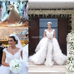 Wholesale Detachable Train Feather Wedding Dress - Gorgeous Abaya Lace Wedding Dresses with Feather 3D-Floral Appliques Detachable Train OverSkirts Backless V Neck 2016 Princess Bridal Gowns