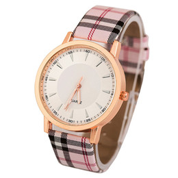 Wholesale Watches Ol - 2016 New Quartz Watch Women Luxury Glass Lenses PU Leather Strap Fashion Sports Women OL Watches 3 Colors Choose