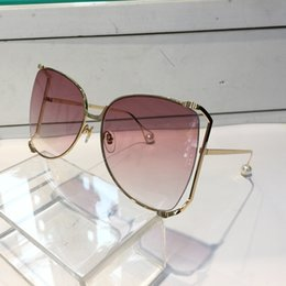 Wholesale Full Bee - 0252 Sunglasses Luxury Women Brand Designer Popular Fashion Big Summer Style With The Bees Top Quality UV Protection Lens Come With Case