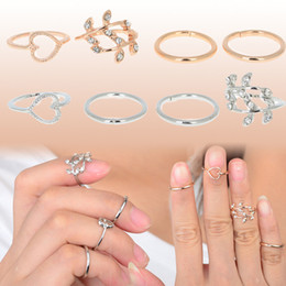 Wholesale Unique Tin Gifts - 4Pcs Set Hot Sale Europe unique design Heart-shaped Peach Leaves Silver Gold Knuckle rings for girls women