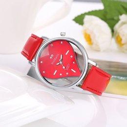 Relógio quartzo feminino on-line-Mais novo Novo Top de Luxo Clastic WoMaGe mulheres relógios de Moda Valentine amor coração de quartzo-relógio oco designer de cristal esqueleto relógio